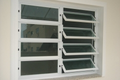 janela-basculante-n2